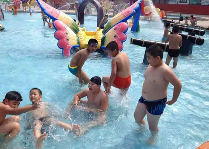 children-water-pool
